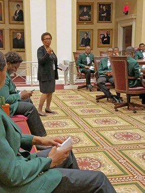 Justice Peggy A. Quince talks to the 2017 Beaux of Tallahassee Chapter of The Links, Incorporated, about the courts and the legal rights and responsibilities of adults during the group's recent visit to the Florida Supreme Court.